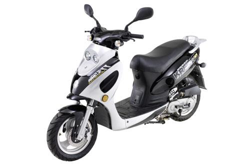 """Modellversuch """"Moped mit 15"""""""